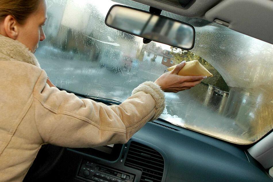средство от запотевания стекол в автомобиле