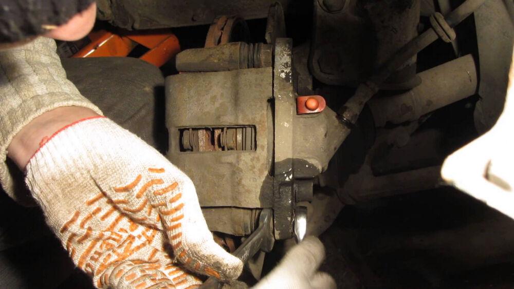 Прокачка тормозов ВАЗ 2107, 2109, 2110