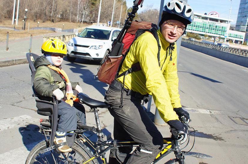 Детское сиденье на велосипед на раму - виды, достоинства и ...