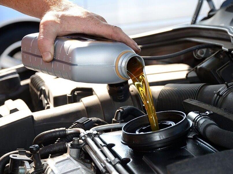 Моторное масло: его назначение, виды и сроки замены