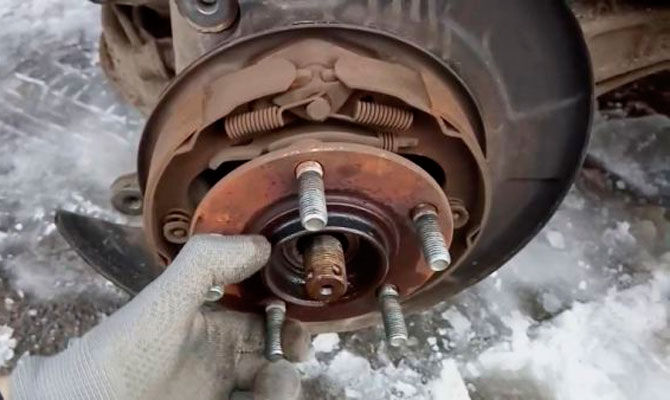 Замена подшипника заднего колеса