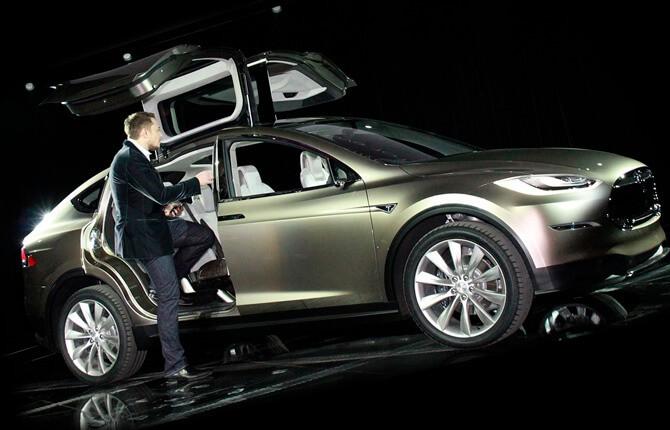 Tesla Model X презентация