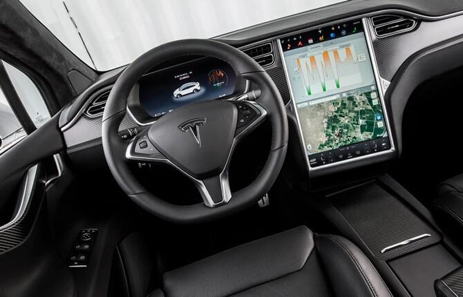 Tesla Model X интерьер салона