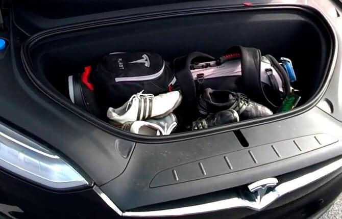 Tesla Model X двигатель