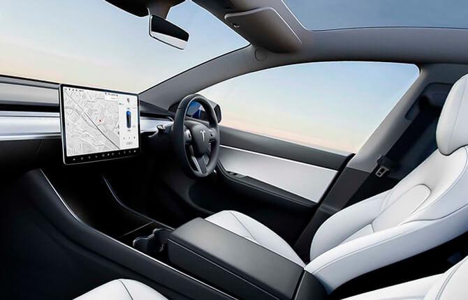 Tesla Model Y салон
